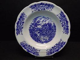 Assiette creuse porcelaine bleue publicitaire BP / French blue BP publicity  porcelain shallow bowl