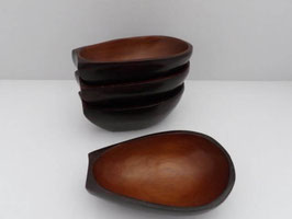 Coupelles en bois pour avocat / Wooden cups for avocado