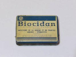 Petite boite en métal ancienne de médicament Biocidan / Old small french Biocidan pharmacy tin
