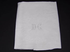 Série de 6 serviettes anciennes en damassé blanc / Lot of 6 french  antique white damask napkins