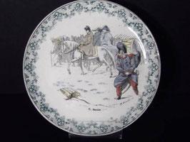 Assiette parlante polychrome Creil et Montereau Napoleon / Creil et Montereau Napoleon polychrome talking plate