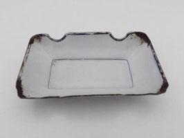 Cendrier en métal émaillé / Enamel ashtray