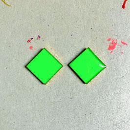 Quadratic Ohrstecker Grün Neon