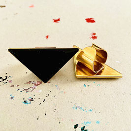 Triangle Ring Black