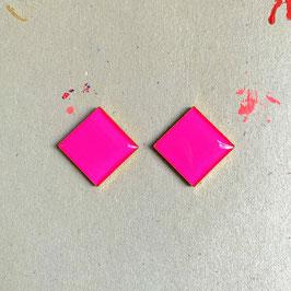 Quadratic Ohrstecker Pink Neon