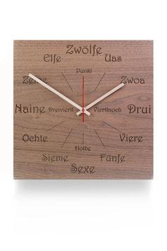 """Orologio da parete in legno di noce . angolare """"dialetto"""""""