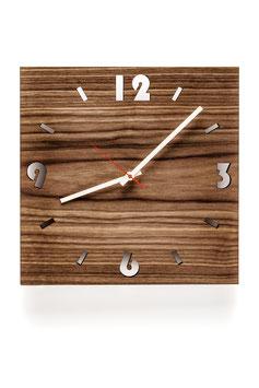 Orologio da parete in legno di noce. angolare