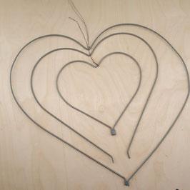 Madleys Herz mit Öffnung zum Aufhängen