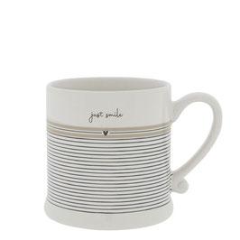 Bastion Collections Tasse Mug Just smile