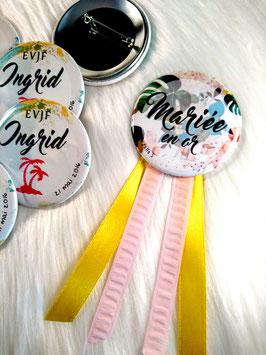 "Kit EVJF ""Tropiques"" : 1 cocarde + 7 badges (diamètre 56 mm)"