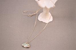 Collier céramique - Pétale verte mousse petit