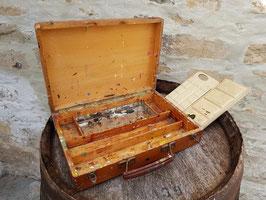 Ancienne mallette en bois de peintre Lefranc