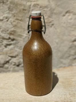 Ancienne bouteille en grès
