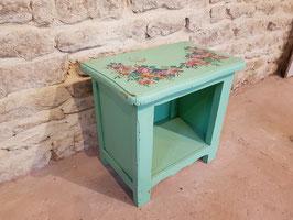 Ancien chevet en bois green