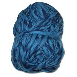 Handgesponnennes Strickgarn hellblau-dunkelblau