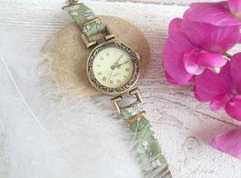 Montre bronze et vert amande