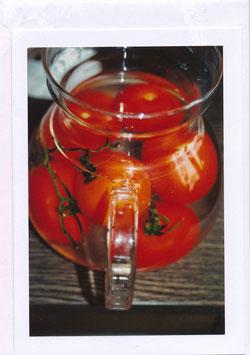 Seelenfaltkarte mit Kuvert Titel: Tomaten im Wasserkrug