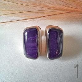 SUB-D Ohrstecker klein violett