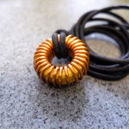 Ringkernspulen Halskette gelb