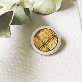 Distanzring Pin mit goldenem Chip