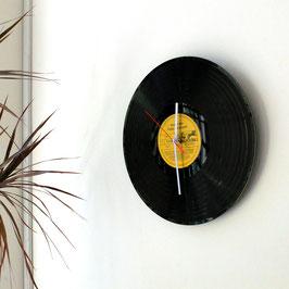 Schallplatten Wanduhr gold