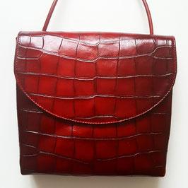 Designer Handtasche, Crossover, von déqua, geprägtes Rindsleder, Kroko- Optik,  hochglänzende Oberfläche, bordeaux,  dunkles Rot