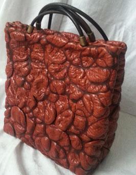 Designer Handtasche von déqua, LIMITED EDITION, einzigartig: geschrumpftes Leder, cognac