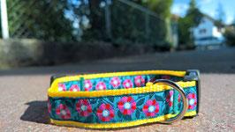"""Halsband mit Borde """"Blumen türkis"""""""