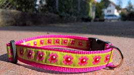 """Halsband mit Borde """"Blumen grün"""""""