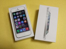 iPhone5 / 32GB / ホワイト&シルバー / au / 若干のキズ