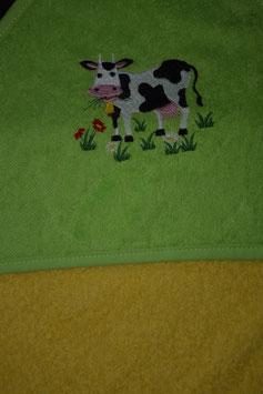 KAPUZENBADETUCH 80 X 80 CM gelb mit grüner Kapuze, mit Kuh bestickt