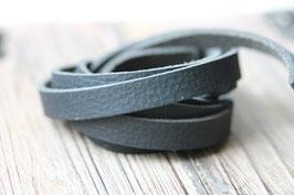 Schwarz //Leder flach breit