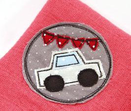 Nuscheli rot mit Auto