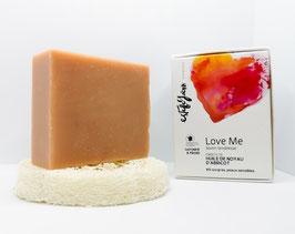 Love Me, savon tendresse