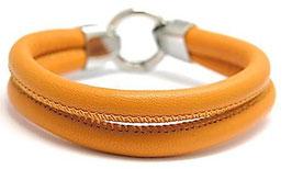LA22 Orange