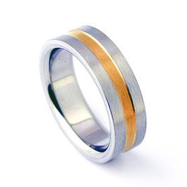 RH7-87 Edelstahl Ring mit Goldeinlage