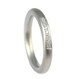 RH407 Edelstahl Ring mit Zirkonia Steinen