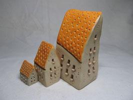 Schiefes Häuschen orange gesprenkelt S M L