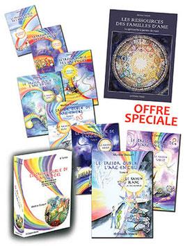 Le Coffret avec les 8 tomes du trésor oublié de l'arc-en-ciel  et le livre Les ressources des familles d'âme