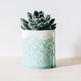 Porcelain Lace Pot