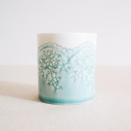 Porcelain Lace Pot