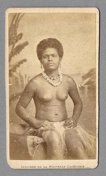 """CDV : Allan Hughan, Nouméa (1834-1883) : """"Indigène de la Nouvelle-Calédonie """" (c. 1875)"""
