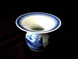 Crachoir en porcelaine blanc-bleu