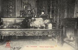 CPA : SAIGON –  Chinois fumant l'opium