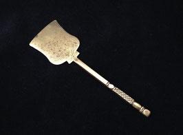 Palette à opium en laiton