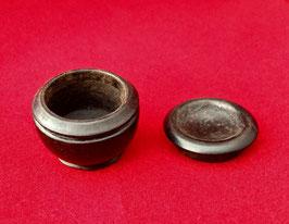 Boîte à opium/dosette en corne noire