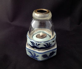Lampe à opium en porcelaine blanc-bleu