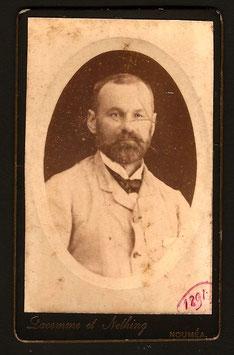CDV : Lacomme & Nething, Nouméa : portrait d'homme (1891)