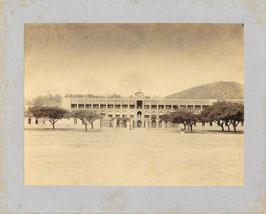 Louis Jourdain, Nouméa : la caserne Gailly-Passebosc à Nouméa. (c. 1897)