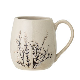 Bea Cup, Nature